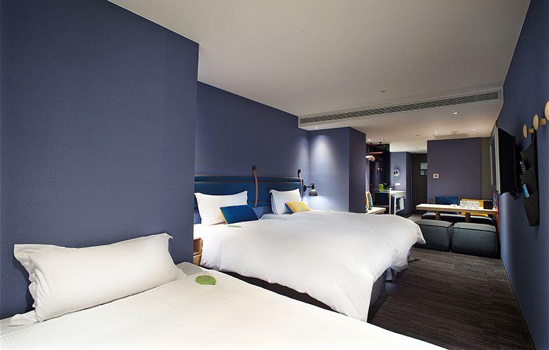 精緻三人房(二小床)+沙發床